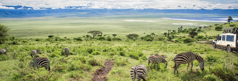ngorongoro-crater-descent